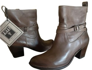 Frye Jackie Rivet Leather Grey Boots