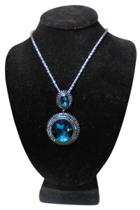 Betsey Johnson Betsey Johnson gunmetal and blue crystal necklace n351