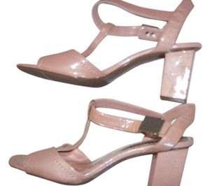 Liz Claiborne Leather Buckle Geisha Sandals