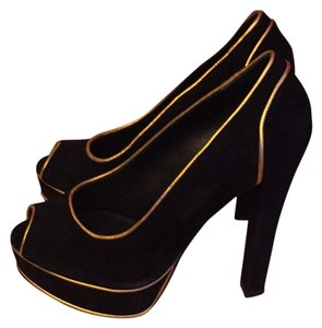 Donald J. Pliner Suede Black Pumps