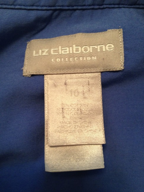 Liz Claiborne Top Blue with Black lines in a plaid pattern