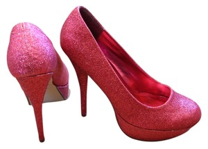 0e070f05ac0 Bonnibel Glitter  Pink Pumps