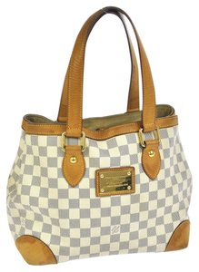 Louis Vuitton Tote in Whites
