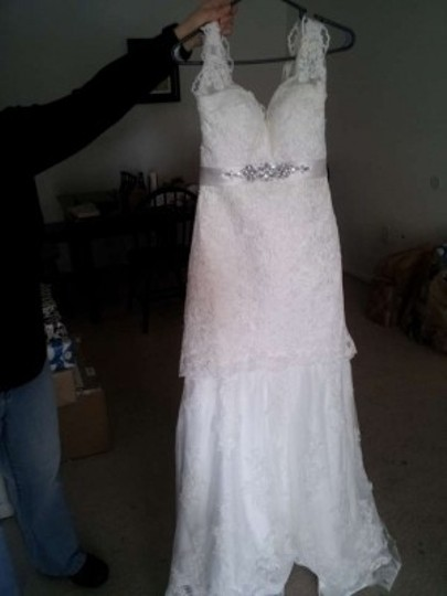 Ivory Satin and Lace Trumpet Court Train Vintage Wedding Dress Size 0 (XS)