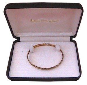 Other 10k Yellow Gold Diamond Cut Bangle/Bracelet