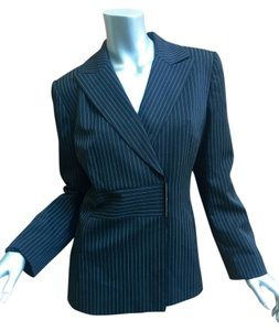 Tahari black pinstriped Blazer