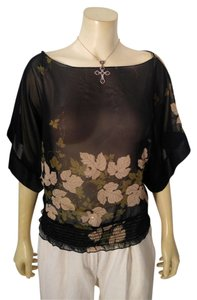 Jump Apparel Size Small Floral Top black, beige, green