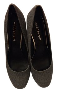 Madden Girl Gray Pumps