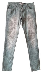 Free Culture Skinny Jeans-Distressed