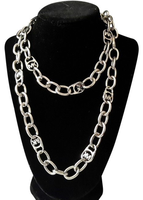 Item - Silver / White Gold New Logo Large Chain Necklace