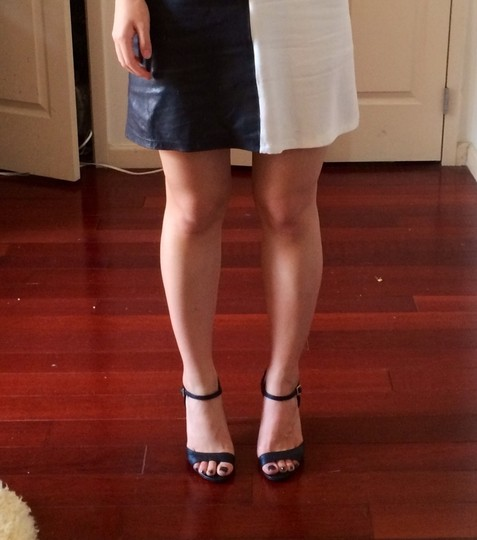 Aioty Black Sandals