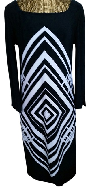 Preload https://item5.tradesy.com/images/calvin-klein-navy-and-white-sheath-mid-length-short-casual-dress-size-4-s-1311534-0-0.jpg?width=400&height=650