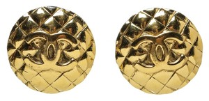 Chanel Chanel Gold CC Quilted Clip On Earrings
