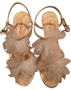 Ann Taylor Bloom Cream Sandals