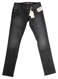 Preload https://item5.tradesy.com/images/guess-typhoon-wash-skinny-jeans-size-28-4-s-1311984-0-0.jpg?width=400&height=650