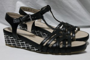 LifeStride Size 5.5 Black/White Wedges