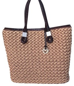 Brighton Tote in Tan/Brown