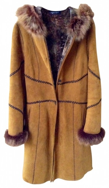 Preload https://item4.tradesy.com/images/brown-long-shearling-with-fox-trim-made-in-italy-italian-fur-coat-size-6-s-131233-0-0.jpg?width=400&height=650