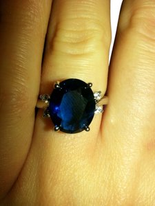 9.2.5 stunning blue sapphire princess cocktail ring size 7
