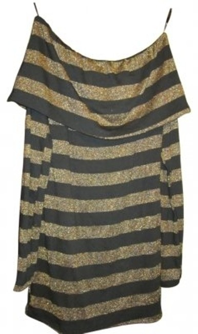 Preload https://item2.tradesy.com/images/forever-21-gold-and-black-striped-longsleeve-night-out-top-size-4-s-13126-0-0.jpg?width=400&height=650
