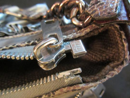 Marc Jacobs Hobo Bag Image 8
