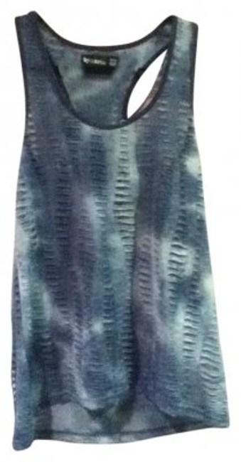 Preload https://item2.tradesy.com/images/bycorpus-blue-tie-dye-tank-topcami-size-10-m-131271-0-0.jpg?width=400&height=650