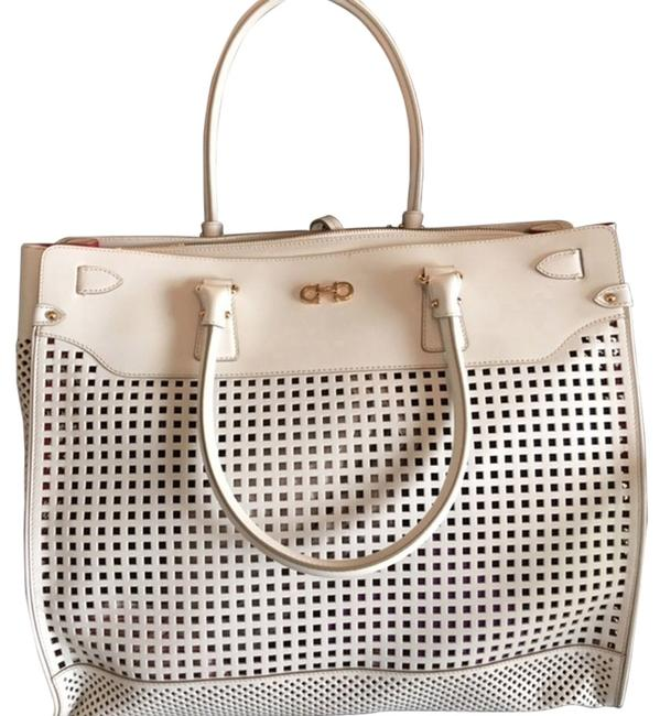 Item - Bag Briana Off-white/ Off White/Ivory Leather Tote