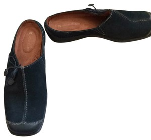 Naturalizer Navy Flats