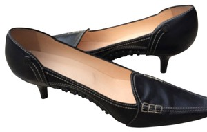 Tod's Pump Heels Pointed Toe Navy Pumps
