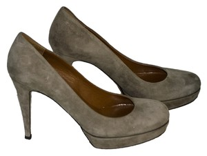 Gucci Suede Heels light gray Pumps