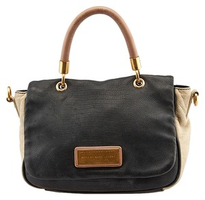 Marc Jacobs Too Hot To Handle Cross Body Bag