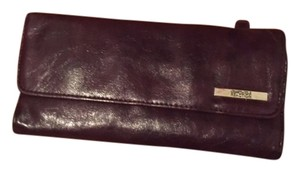 Kenneth Cole Reaction plum wallet