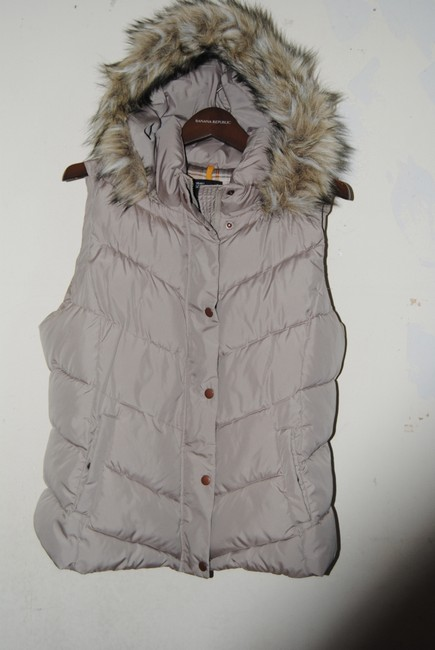 Item - Taupe Puffer Faux Patent Hood Vest Size 12 (L)
