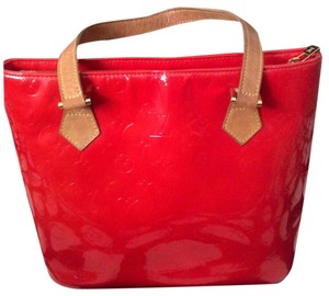 Louis Vuitton Rare Tote in Red