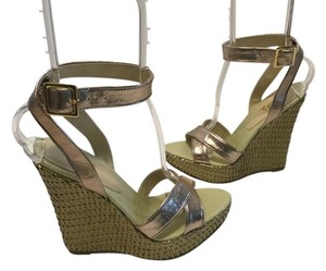 JLo Woven Straw With Shoebox Gold leather Wedges