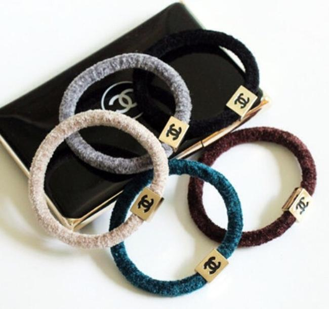 Item - Multicolor Cashmere Ties Hair Accessory