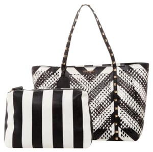 Steve Madden Tote in Black/White/Gold