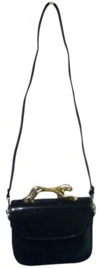 Preload https://item3.tradesy.com/images/black-patent-leather-cross-body-bag-131442-0-0.jpg?width=440&height=440