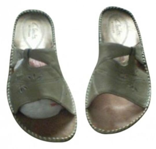 Clarks Camel Flats Ss.. Style#76303