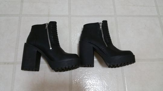 Divided by H&M Chunky Blackboots Platformboots Comfy Stylish Black Boots