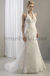 Venus Bridal Brand New Venus Bridal 8068 Wedding Dress