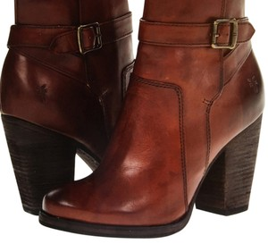 Brand New in box Frye Patty Riding Bootie 8 1/2 Redwood soft vintage leather Boots