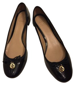 Authentic Tory Burch Black Leather Classic Pumps Sz 8 Black Flats