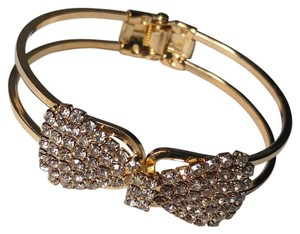 New Gold Tone Bow Bangle Bracelet W/Crystals J2233