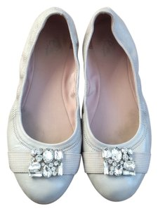 Easy Spirit Grey Flats