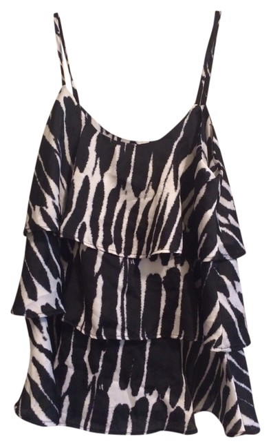 Preload https://item1.tradesy.com/images/black-and-white-tier-tank-topcami-size-8-m-1315385-0-0.jpg?width=400&height=650