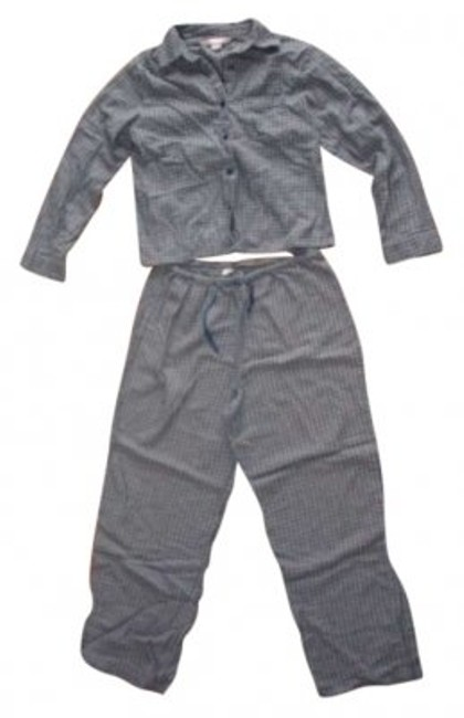 Item - Navy/Grey Victoria Secret Pajamas