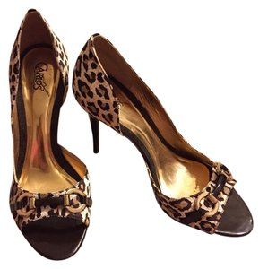 Carlos by Carlos Santana Tan, Brown, Gold Pumps