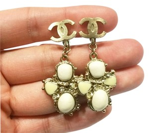 Chanel Authentic Chanel Light Gold CC Ivory Stone Cross Clip on Earrings