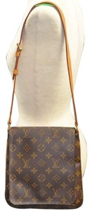 Louis Vuitton Balenciaga Givenchy Balmain Shoulder Bag